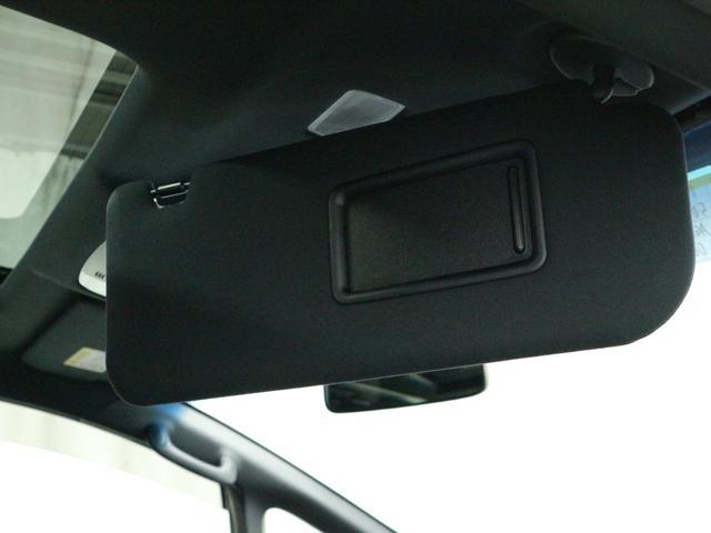 フィルム貼り、ETC取り付け、フロアマット新品取付、ドライブレコーダーなど用品取り付けなども可能です。