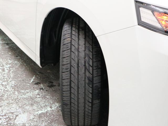 タイヤ溝は残り5mmとなります。