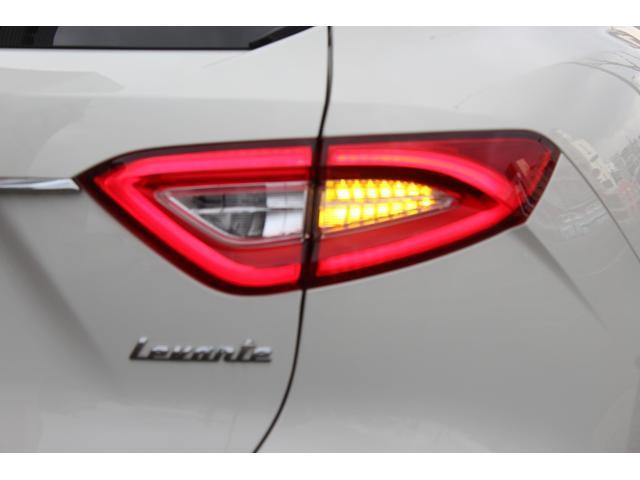 「マセラティ」「レヴァンテ」「SUV・クロカン」「兵庫県」の中古車17