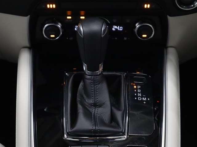 2.2 XD Lパッケージ ディーゼルターボ マツダ認定中古車  サポカー 衝突被害軽減ブレーキ マツダコネクトメモリーナビ 360度カメラ リアシートモニター ホワイトレザーシート 3列6人乗り(8枚目)