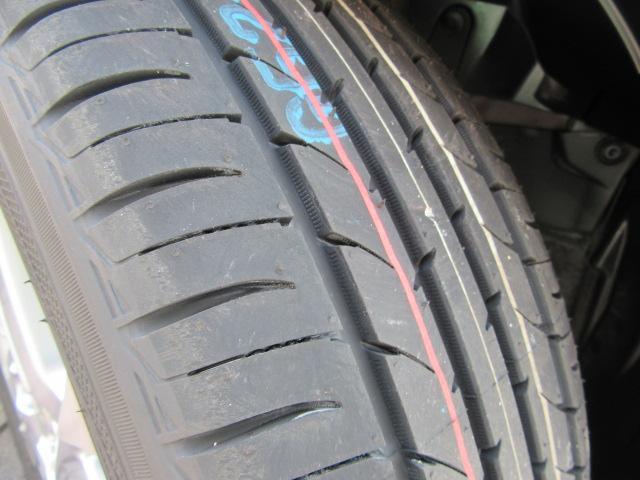 ハイブリッドZ 新品メモリーナビ 新品タイヤ 追突被害軽減B(14枚目)