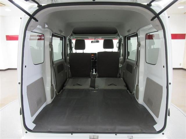 座席を収納すると奥行が約160cmほどあり大きなお荷物も載せることが出来ます!