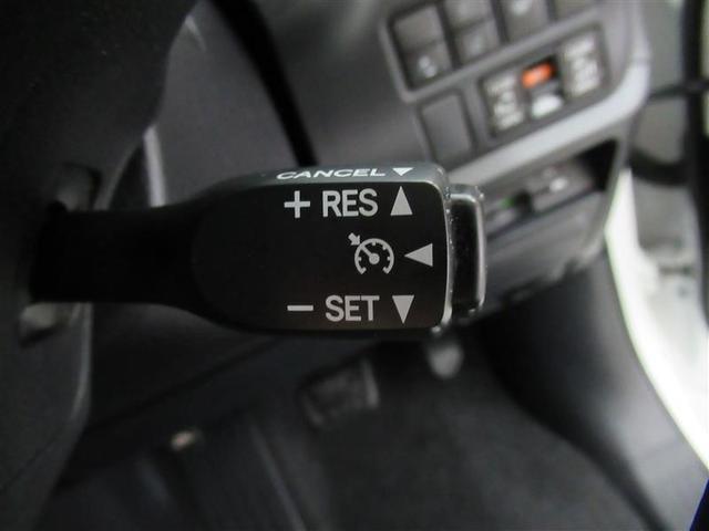 高速道路のドライブが快適に!走りたいスピードでセットすれば一定速度で走行が出来るクルーズコントロール機能付です