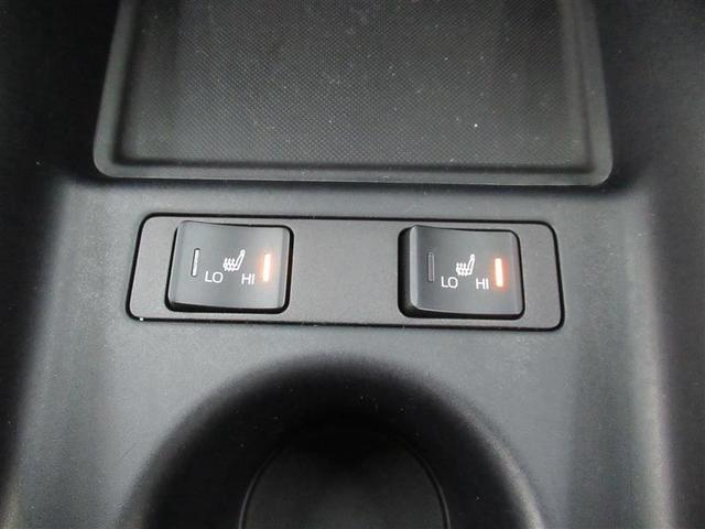 フロントシートには寒い季節には暖かシートヒーターを装備!エアコンとは異なる快適感です!