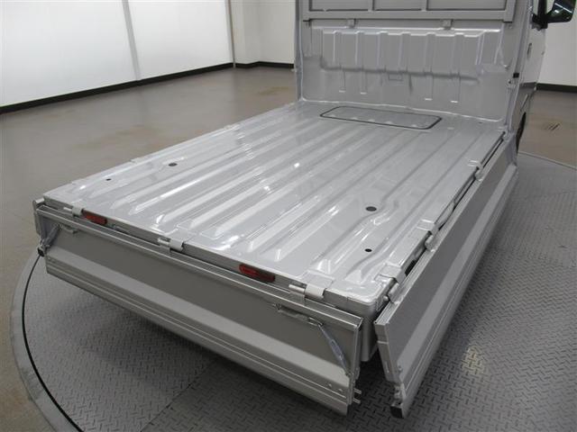 KCエアコン・パワステ 衝突被害軽減ブレーキ・スズキセーフティーサポート・2WD・5速MT・エアコン・パワステ・AM FMラジオ・ゲートプロテクター・最大積載量350kg・トヨタ安心中古車・ロングラン保証(12枚目)