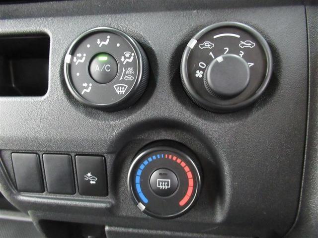 ロングDX GLパッケージ 衝突被害軽減ブレーキ・レーンディパーチャーアラート・オートマチックハイビーム・2WD・A/T・ガソリン車・両側スライドドア・最大積載量1,250kg・CDラジオ・トヨタ認定中古車・ロングラン保証(6枚目)