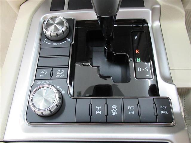 多彩な電子デバイスが運転のお手伝い!悪路走行も安心です!