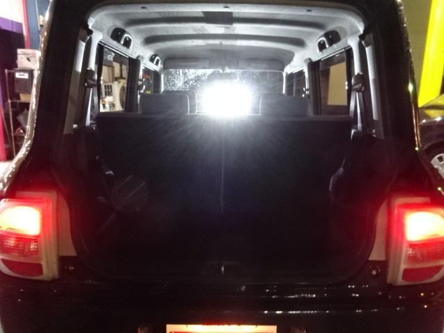 1台1台心を込めてクリーニングをし常に綺麗なお車をお客様にご覧頂いてます♪