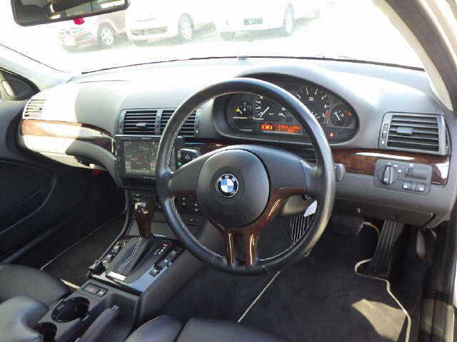 BMW BMW 320iスポーティダイヤモンド