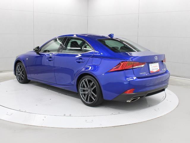 IS300 Iブルー SDマルチ フルセグ ブルーレイ再生 ミュージックプレイヤー接続可 バックカメラ ETC2.0 ドラレコ シートエアコン ムーンルーフ LEDヘッドライト Lexus Safety System+(3枚目)
