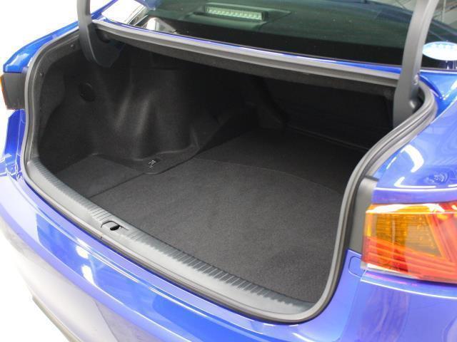 IS300 Iブルー SDマルチ フルセグ ブルーレイ再生 ミュージックプレイヤー接続可 バックカメラ ETC2.0 ドラレコ シートエアコン ムーンルーフ LEDヘッドライト Lexus Safety System+(7枚目)