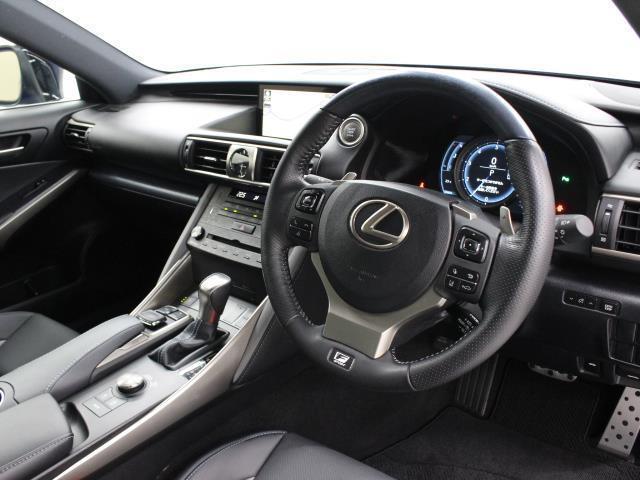IS300 Iブルー SDマルチ フルセグ ブルーレイ再生 ミュージックプレイヤー接続可 バックカメラ ETC2.0 ドラレコ シートエアコン ムーンルーフ LEDヘッドライト Lexus Safety System+(9枚目)