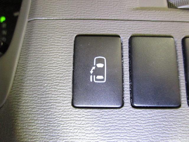 L HDDナビ DVD再生 バックカメラ ETC 電動スライドドア ウオークスルー 乗車定員7人 3列シート(17枚目)