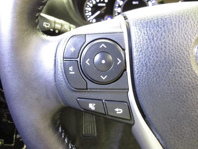 Xi 4WD フルセグ メモリーナビ DVD再生 後席モニター バックカメラ ETC 電動スライドドア LEDヘッドランプ ウオークスルー 乗車定員8人 3列シート ワンオーナー アイドリングストップ(9枚目)
