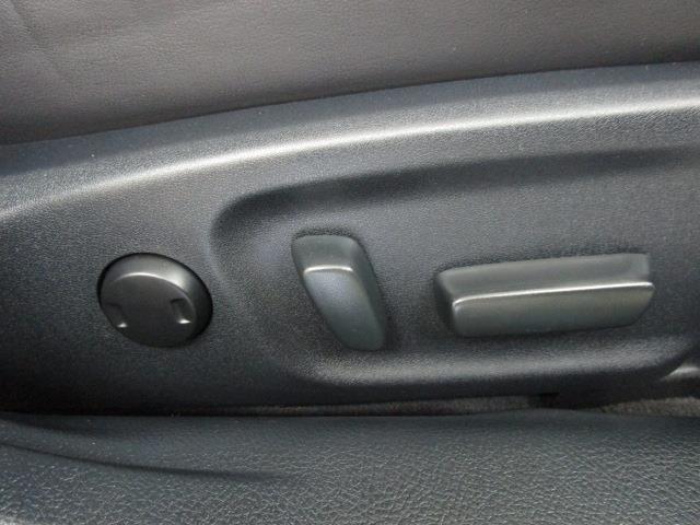 アスリートG 革シート フルセグ HDDナビ DVD再生 バックカメラ 衝突被害軽減システム ETC HIDヘッドライト(8枚目)
