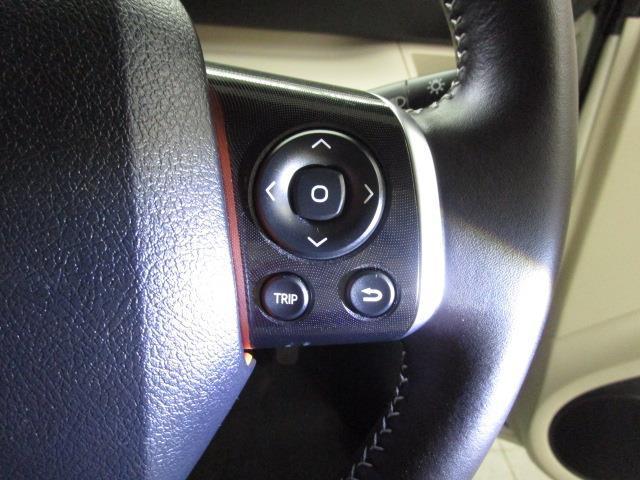 G フルセグ メモリーナビ DVD再生 バックカメラ ETC 両側電動スライド ウオークスルー 乗車定員7人 3列シート アイドリングストップ(12枚目)