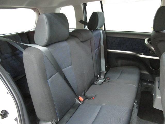 プラタナ ウエルキャブ 福祉車両 フルセグ メモリーナビ DVD再生 バックカメラ ETC 電動スライドドア 乗車定員7人 3列シート(17枚目)
