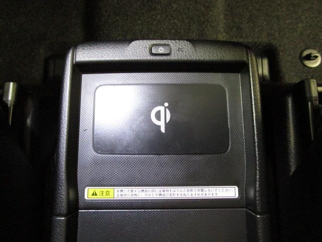 ハイブリッドGi フルセグ メモリーナビ DVD再生 バックカメラ ETC ドラレコ 両側電動スライド LEDヘッドランプ 乗車定員7人 3列シート フルエアロ(16枚目)