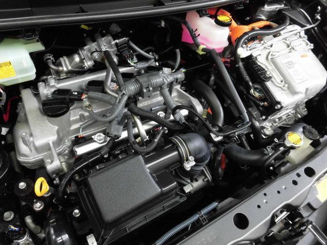 トヨタ アクア S メモリーナビ フルセグ