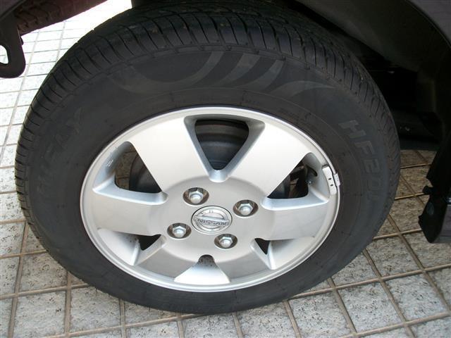 新品タイヤへの交換等もお気軽にご相談ください。