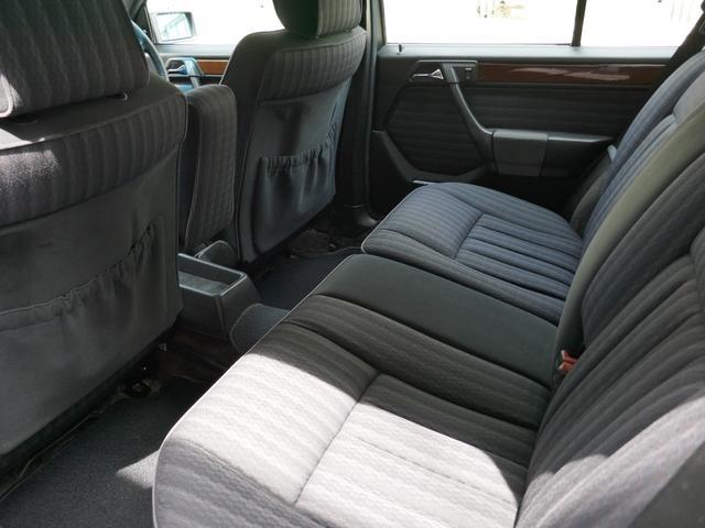 「メルセデスベンツ」「ミディアムクラス」「ステーションワゴン」「京都府」の中古車40