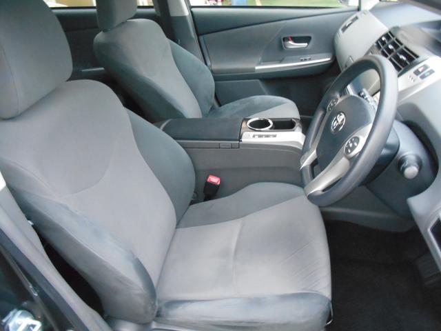 トヨタ プリウスアルファ S LEDライト 純正8インチHDDナビ 後席モニター