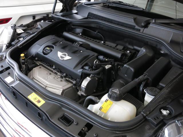 ■ 直4DOHC16V総排気量【1598cc】■出力【120ps(88kw)/6000rpm】■燃料【無鉛プレミアム】■燃料タンク容量【40L】■10モード/10・15モード燃費【14.2km/L】