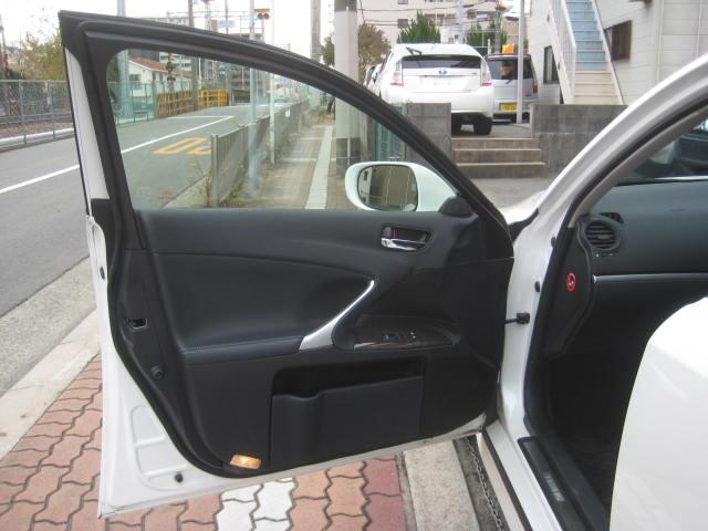 「レクサス」「IS」「セダン」「大阪府」の中古車65