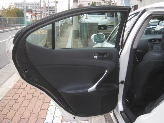 「レクサス」「IS」「セダン」「大阪府」の中古車66