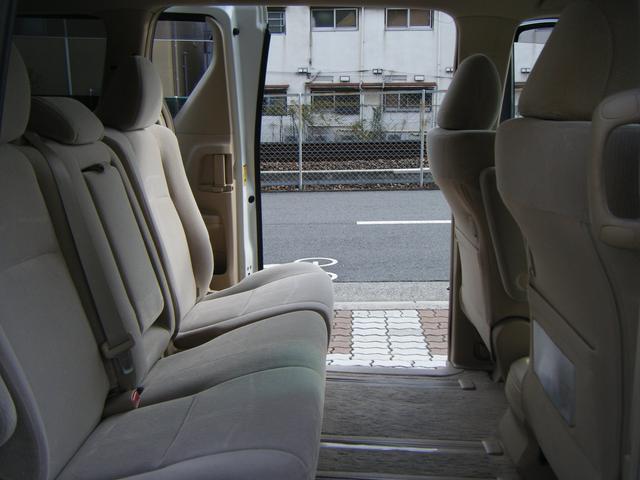 240X HDDナビTV バックカメラ 両側自動ドア 純正アルミ スマートキー ウインカーミラー オートライト キセノン タイミングチェーン 8人乗 ETC(28枚目)