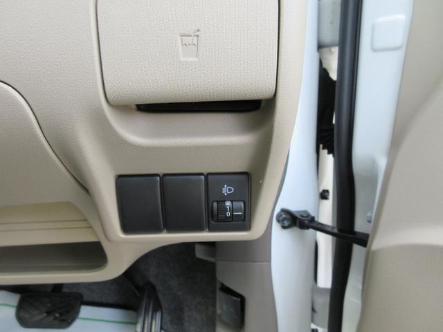 ルームクリーニング施工してます!フロントシートも、もちろん汚れや破れも無く非常に良いコンディションですよ☆