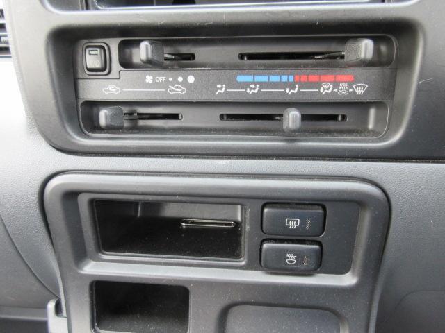 4WD・エアコン・パワステ・パワーウインドウ・1年保証(16枚目)