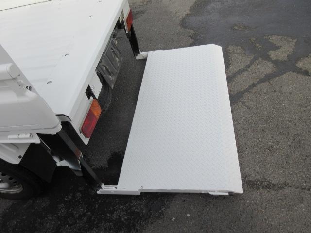 ベースグレード 垂直パワーゲート・パワステ・エアコンオールペイント済み・2WD(18枚目)