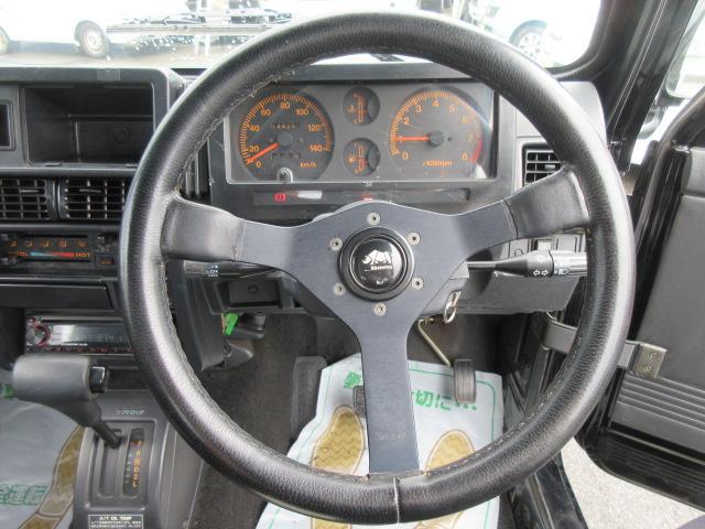 4WD リフトアップ(社外シャックル) 社外ショック 社外マフラー 社外前後バンパー ステンレスタンクガード momoハンドル(4枚目)