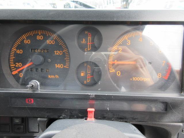 4WD リフトアップ(社外シャックル) 社外ショック 社外マフラー 社外前後バンパー ステンレスタンクガード momoハンドル(5枚目)