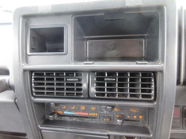 4WD リフトアップ(社外シャックル) 社外ショック 社外マフラー 社外前後バンパー ステンレスタンクガード momoハンドル(8枚目)