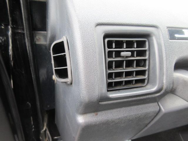 4WD リフトアップ(社外シャックル) 社外ショック 社外マフラー 社外前後バンパー ステンレスタンクガード momoハンドル(17枚目)