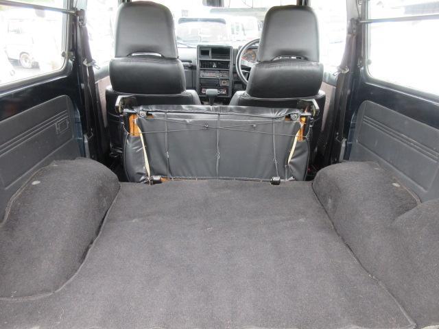 4WD リフトアップ(社外シャックル) 社外ショック 社外マフラー 社外前後バンパー ステンレスタンクガード momoハンドル(30枚目)