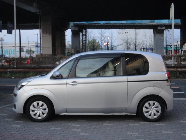 F助手席リフトアップシート車Bタイプ手動車いす収納装置(3枚目)