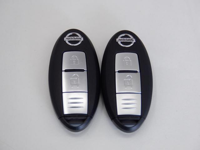 X メモリーナビ エマージェンシーブレーキ ETC バックカメラ 点検整備記録簿付 レーンアシスト 横滑り防止装置 CD再生 DVD再生 USB入力端子 プライバシーガラス アイドリングストップ(35枚目)