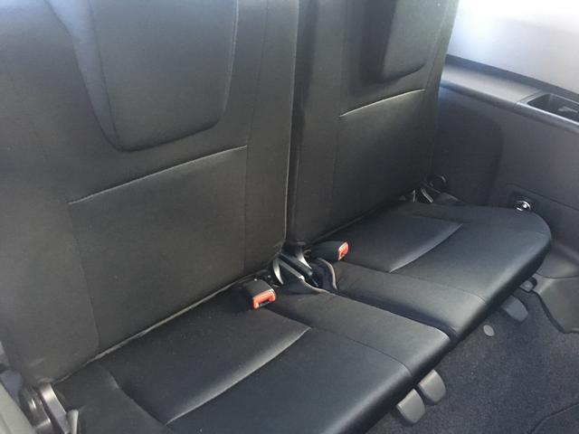 トヨタ ウィッシュ 1.8X SDナビ 安全装備 基本装備 3列シート