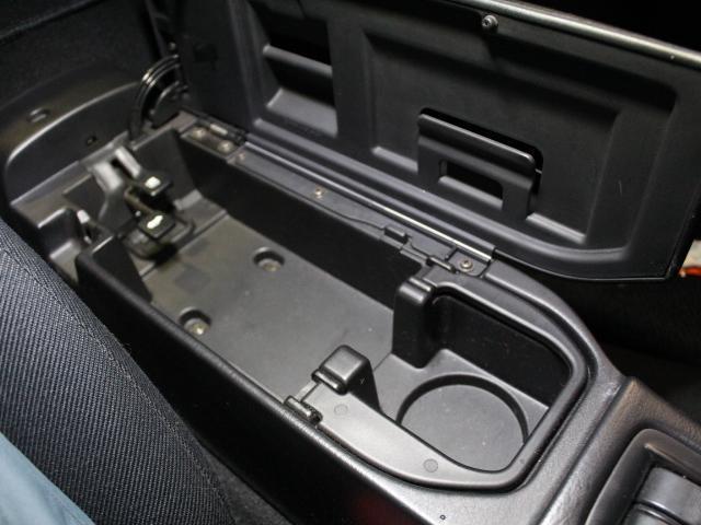 スペシャルパッケージ 買取車 ノーマルベース車 ナビ(16枚目)