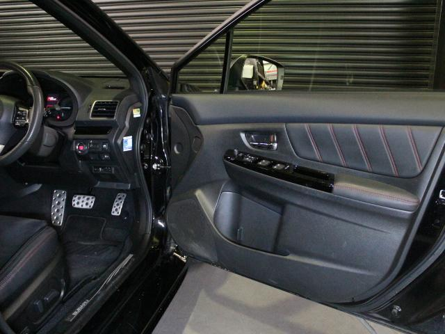 「スバル」「WRX S4」「セダン」「大阪府」の中古車65