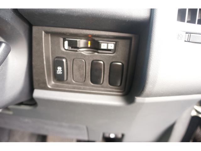 G パワーパッケージ 4WD ワンオーナー 両側電動スライド アルパインHDDナビ 地デジ BTオーディオ 新16AW 新ホワイトレタータイヤ 8人乗(22枚目)