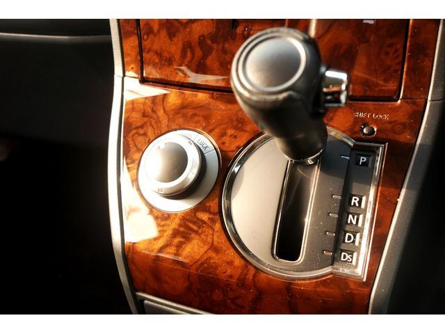 G パワーパッケージ 4WD ワンオーナー 両側電動スライド アルパインHDDナビ 地デジ BTオーディオ 新16AW 新ホワイトレタータイヤ 8人乗(27枚目)