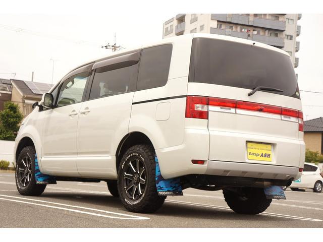 D パワーパッケージ 両側電動スライド 4WD TGS16AW BFGホワイトレタータイヤ リフトアップ コムテックGPSレーダー ドラレコ ストラーダナビ アルパインフリップダウンモニター シートヒーター HID(9枚目)