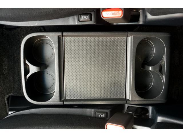 D パワーパッケージ 両側電動スライド 4WD TGS16AW BFGホワイトレタータイヤ リフトアップ コムテックGPSレーダー ドラレコ ストラーダナビ アルパインフリップダウンモニター シートヒーター HID(32枚目)