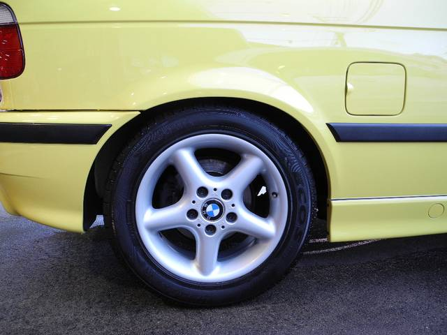 BMW BMW 318ti Mスポーツ最終モデルハーフレザーサンルーフ禁煙車