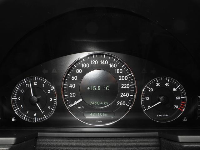 E300 屋内保管1オーナー後期モデル黒本革HDDナビ地デジフルセグTVバックカメラHIDディーラー整備記録簿禁煙車(5枚目)