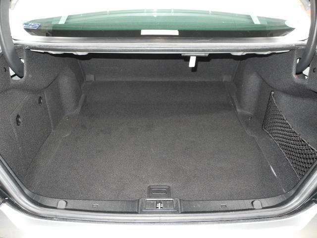 E300 屋内保管1オーナー後期モデル黒本革HDDナビ地デジフルセグTVバックカメラHIDディーラー整備記録簿禁煙車(15枚目)